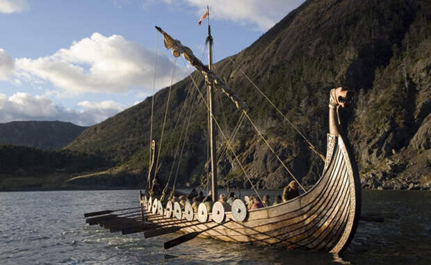 Драккар - корабль викингов. Источник: http://likeni.me/drakkar-unikalnyj-korabl-vikingov/