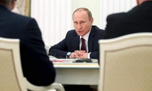 Путин обязал Минздрав возобновить плановую медицинскую помощь