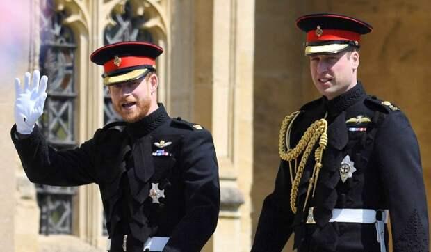 «Она была серьезной проблемой»: вскрылись подробности ссоры принцев Гарри и Уильяма