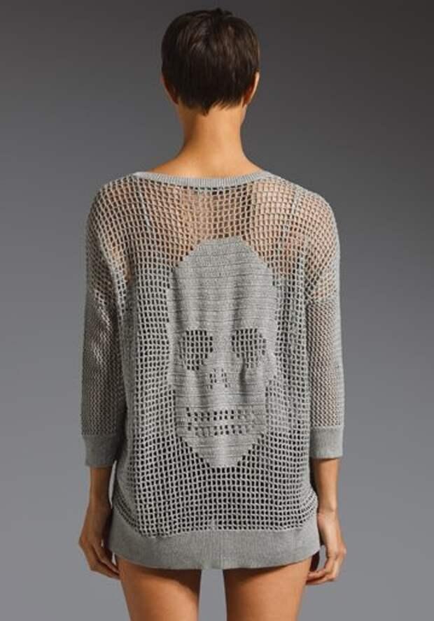 Филейное вязание крючком. Пуловер с черепом