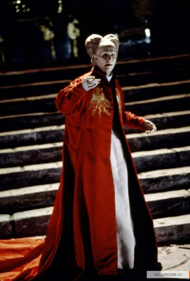 743664_Dracula1764043 (473x700, 190Kb)