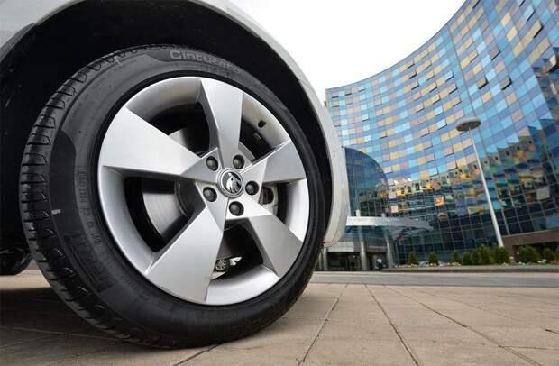 Беларусь запретила ввоз машин Škoda и косметики Nivea