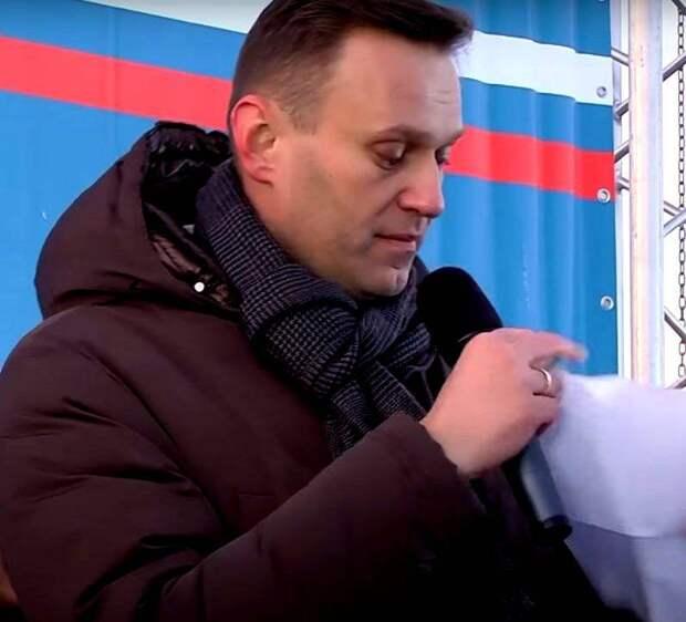 «Живой он им не нужен»: кто «умрёт» Навального и с какой целью