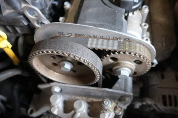 ремень ГРМ на примере двигателя CGGB VAG