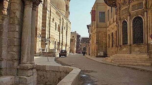 В Египте уволили чиновницу за переименование улиц в честь мужа