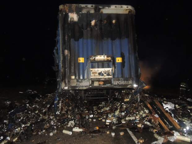 Грузовик с аэрозолями загорелся в Удмуртии