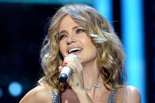 Певица «Глюкоза» публично унизилась перед украинцами и предала Россию
