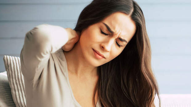 Ученые связали боль в спине с повышенной смертностью у женщин