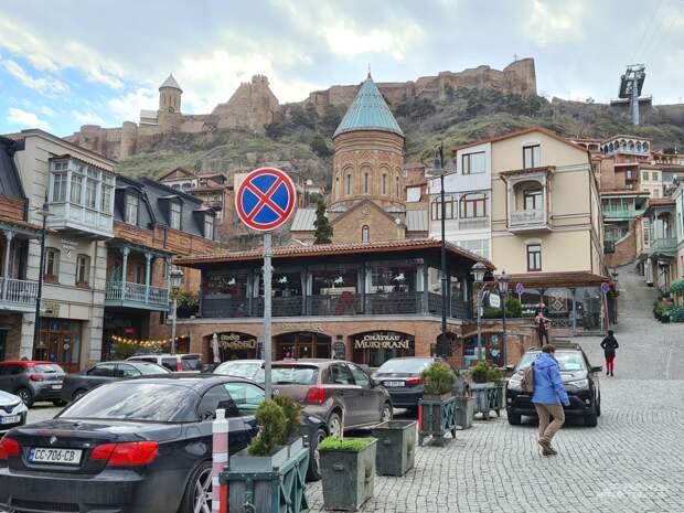 «Генацвале, поздно пить «Боржоми». Как живёт Грузия без российских туристов
