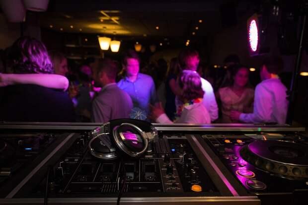 Популярный молодёжный клуб в Ижевске проигнорировал запрет на работу ночью