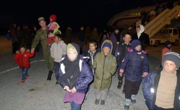 ИзСирии вРоссию вернулся еще 31 ребенок