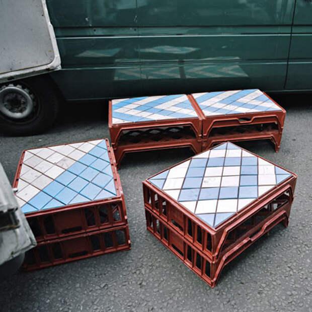 Их можно круто стилизовать и сделать столы или стулья для модных баров интересно, контейнер, поделки, полезный пост, своими руками, фото