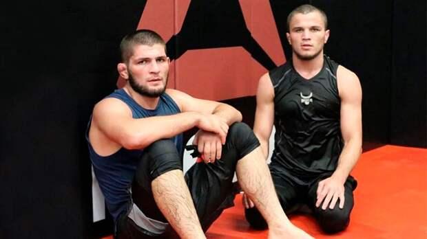 Двоюродный брат Хабиба может дебютировать в UFC 19 декабря