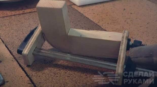 Как согнуть брусок из дерева под углом 90 градусов
