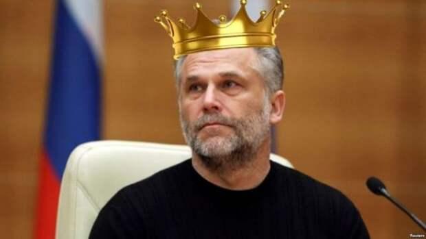 В Севастополе очередной политический скандал!