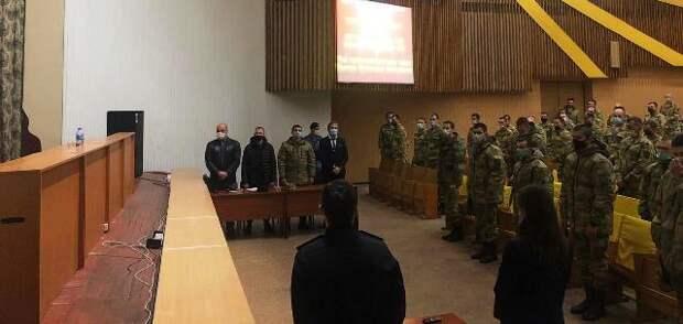 Двое военных с оружием напали на букмекерскую контору в Крыму