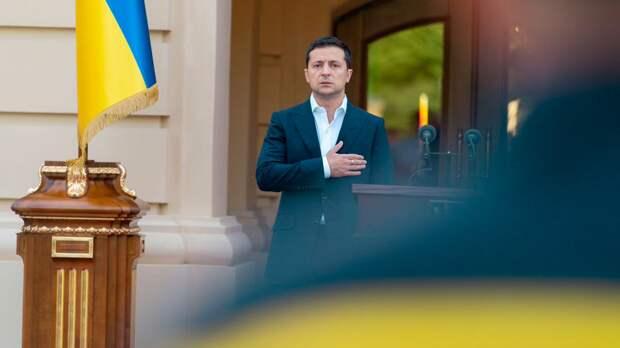 Зеленский играет роль президента и не знает, каким будет конец — Володин