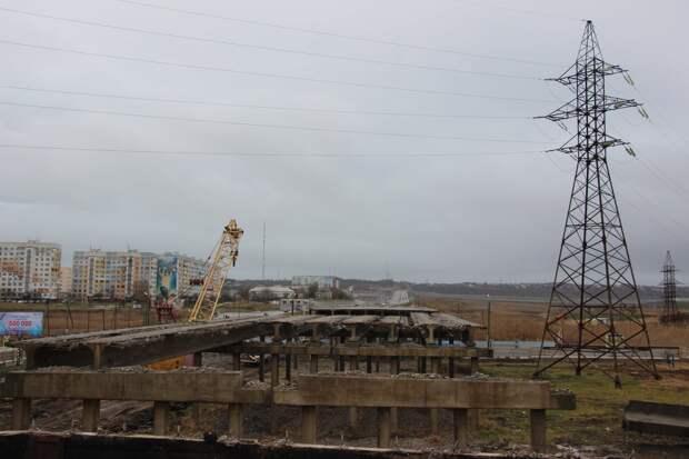В Керчи из-за демонтажа аварийного моста перекроют часть улицы