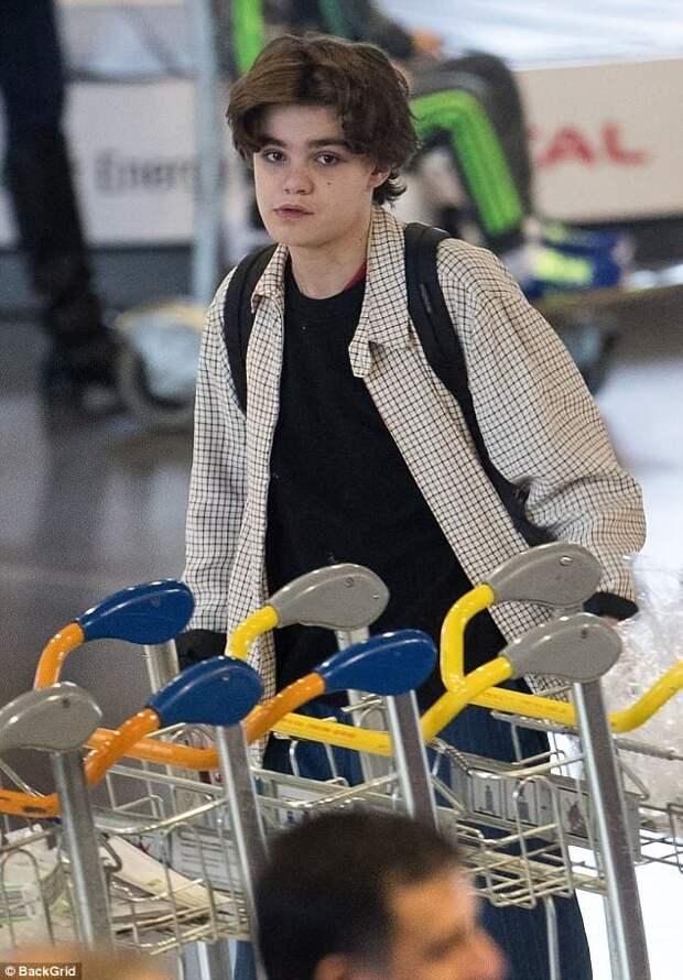 7 фото юного Джека Деппа, который уже похож на отца