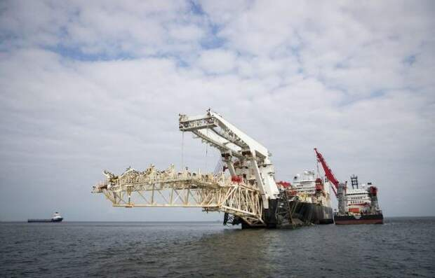 """Путин и """"Газпром"""" послали мощный газовый сигнал белорусам и прибалтам"""