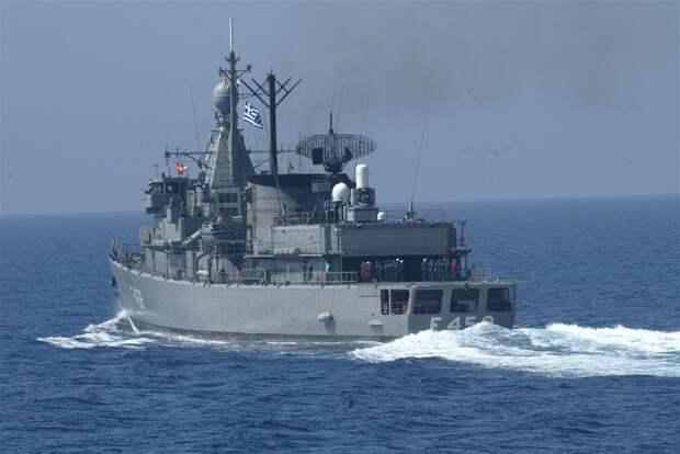 Натовский спецназ высадился на российский грузовой корабль в Средиземном море