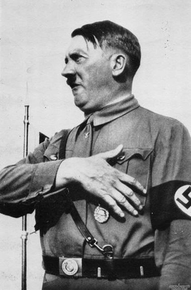 Муссолини о союзнике: «Этот Гитлер — существо свирепое и жестокое. Германия так и осталась страной варваров»