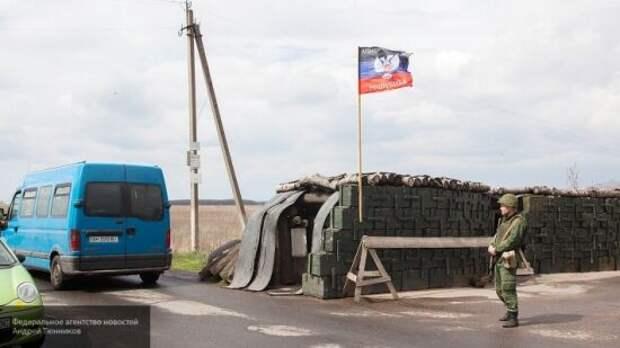 Киев фактически признал ДНР и ЛНР: Украина готова построить стену на границе с Донбассом
