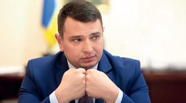 Украинская вертикаль власти превратилась в зловонную кучу