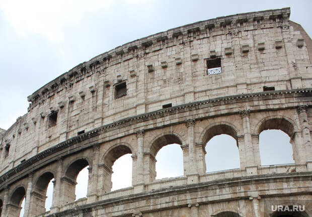 Италия назвала сроки открытия границ для туристов изРоссии