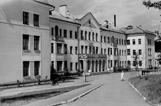 Какой была система здравоохранения в СССР? Чем отличается от современной медицины