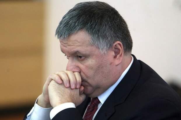 В Киеве опять неспокойно: митингующие требуют отставки Авакова