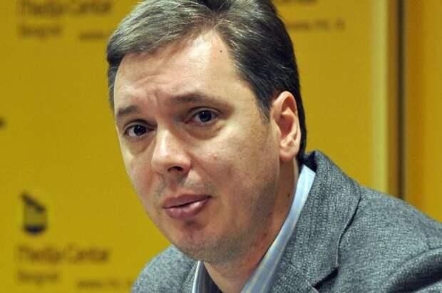 Соратник Вучича требует возбудить дело о связях главы Сербии с мафией