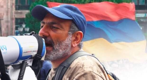 Атаку Азербайджана на Нагорный Карабах спровоцировали «соросята» Пашиняна