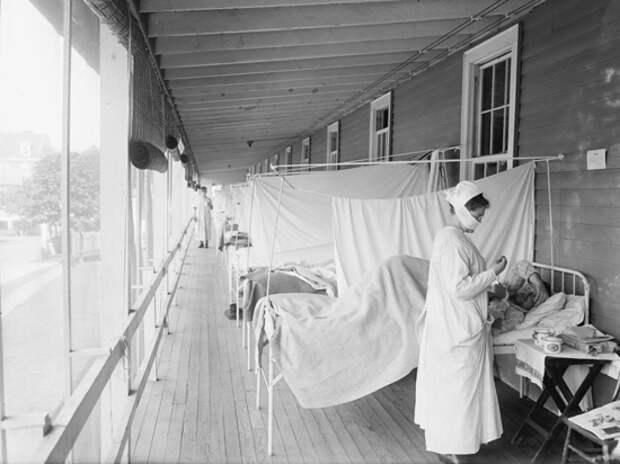 Смертоносный грипп начала XX века тоже шел волнами