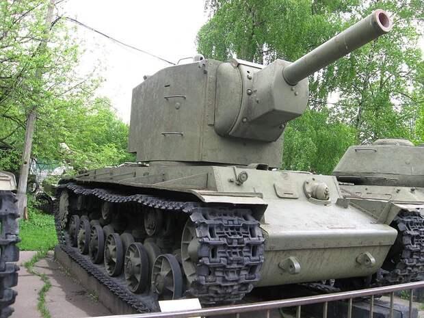 Как немецкие конструкторы отреагировали, когда им КВ-2 показали