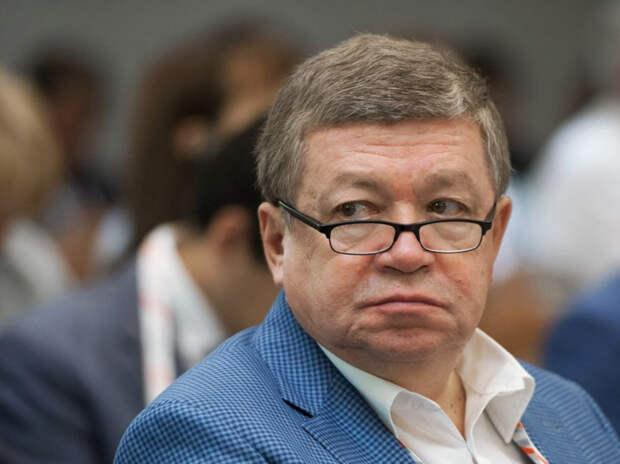 Бывший директор института экономики РАН попал в реанимацию после прививки от COVID-19