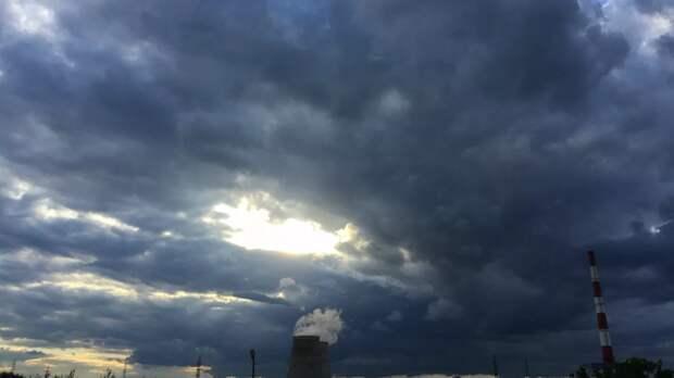 В Севастополе прогнозируют грозу и усиление ветра