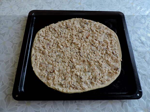 Выложить начинку еда, пицца домашняя, своими руками, сделай сам