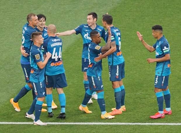 «Зенит» завершил сезон по-чемпионски, а капитан «сине-бело-голубых» оформил покер и выиграл бомбардирскую гонку