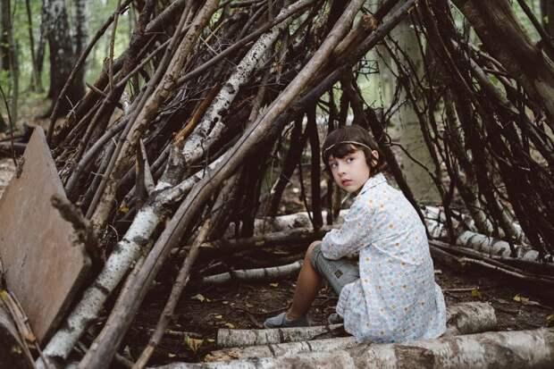 Побег из «Матрицы»: мать прятала детей в лесу от чипирования и едва не уморила голодом