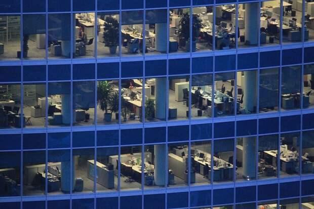 Треть компаний планирует расширять офисы
