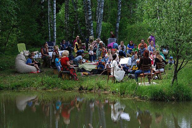 Концерт у пруда в экопоселении Великое