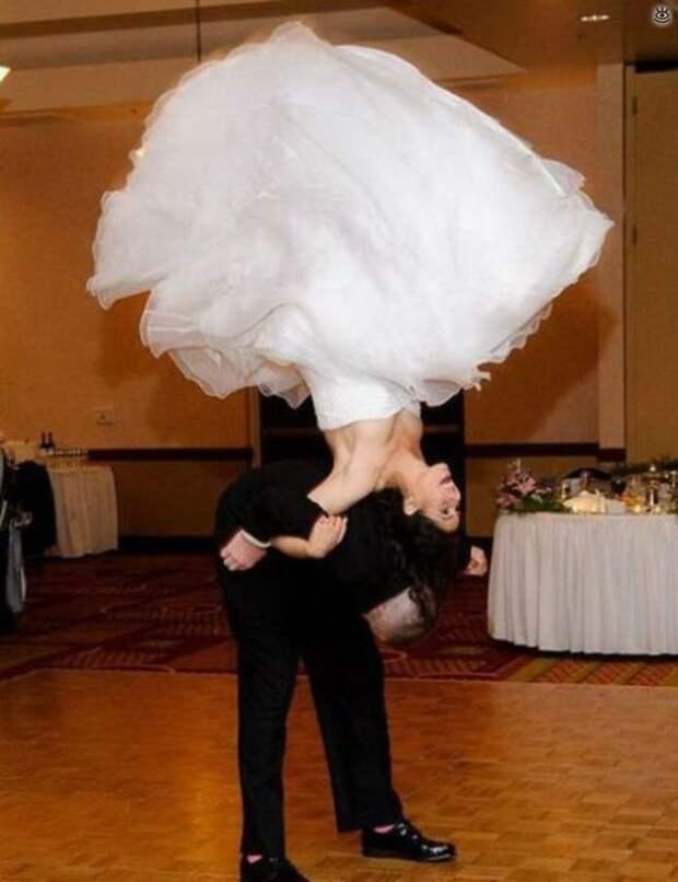 Прикольные свадебные торжества 38