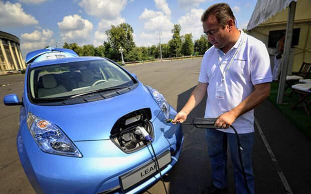 Кто бы мог поверить: в России дефицит электромобилей!