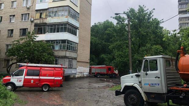 Власти назвали причину подтопления двора многоэтажки наЛенина вРостове