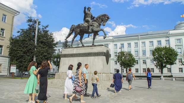 Перед туристическим сезоном больше 50 экскурсоводов Тверской области прошли обучение