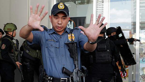 НаФилиппинах петух убил лейтенанта полиции
