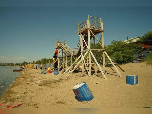 Городской пляж открылся на озере Кенон 12 июня