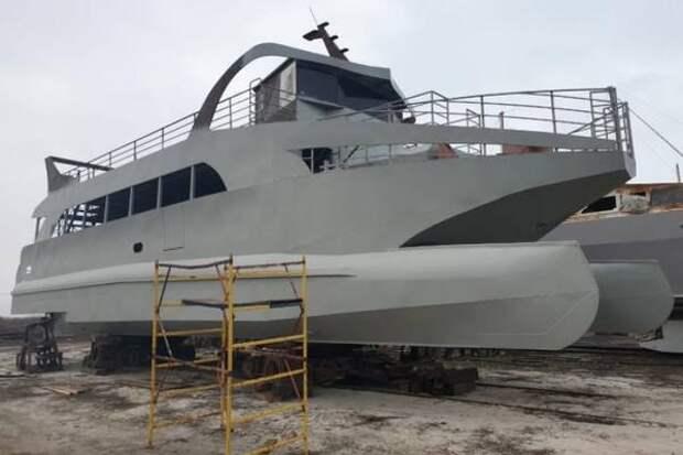 Теплоход для морских прогулок в Анапе назвали именем прославленного героя войны