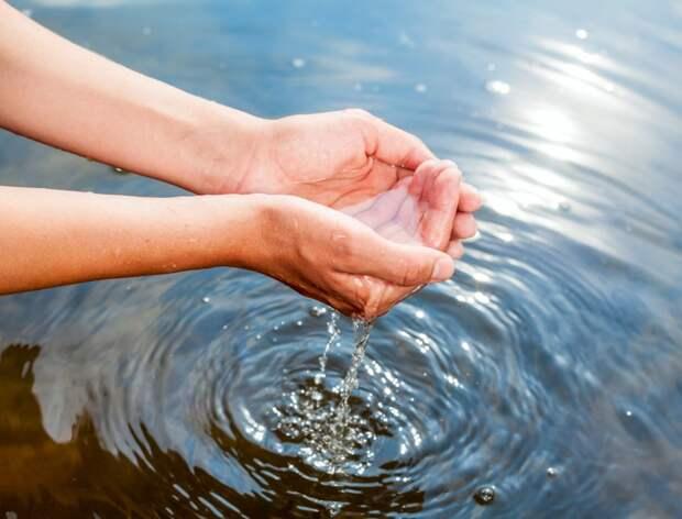 РФ обещает обеспечить Крым водой в ближайшее время